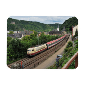 Passenger train in St. Goar Magnet