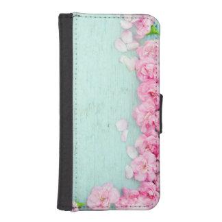 PASTEL PLEASURES iPhone 5/5s Wallet Case