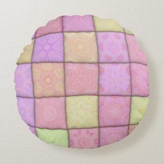 pastel quilt 1(I) Round Cushion