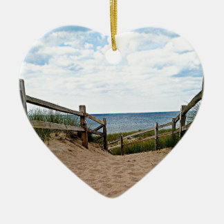 Path to the beach ceramic heart decoration