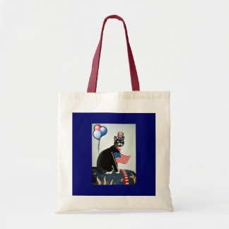 Patriotic Lucy Tote Bags