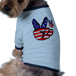 Patriotic Peace Fingers In USA Flag American Dog T-shirt