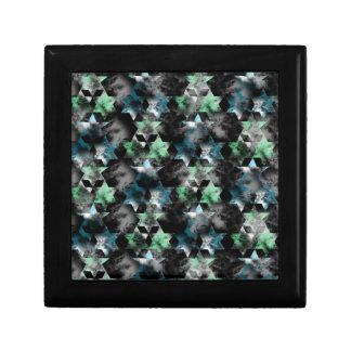 pattern P Gift Box