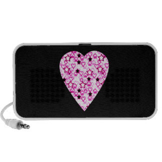 Patterned Heart Design in Pink, Black and White. iPod Speaker