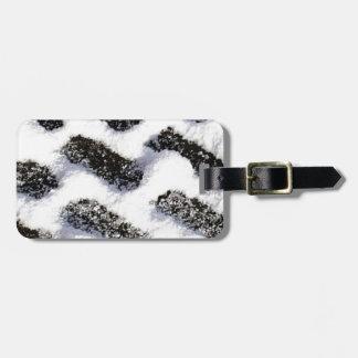paving pattern luggage tag
