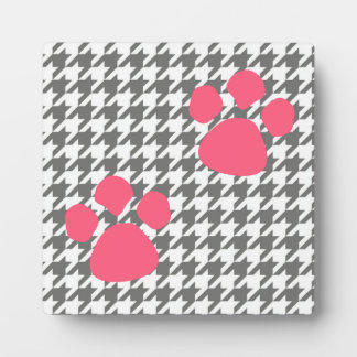 Paw Prints Plaque - Gray Pink Houndstooth