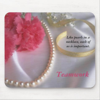 Pearls and carnations - teamwork mousepad
