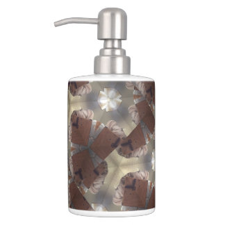 Pearls in the Sand collection bathroom set