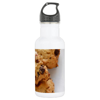 Pecan chocolate chip cookies 532 ml water bottle