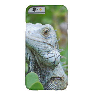 Peek-a-boo Iguana Barely There iPhone 6 Case