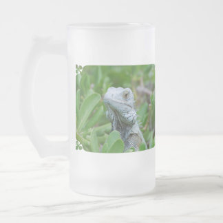 Peek-a-boo Iguana Frosted Glass Beer Mug