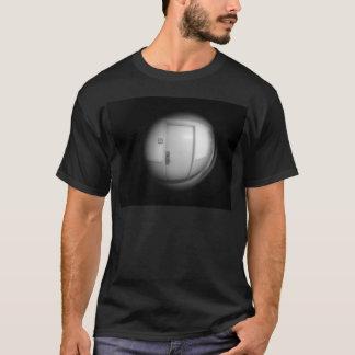 peep hole T-Shirt