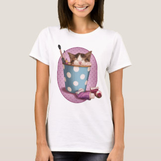 Pencil pot kitten T-Shirt
