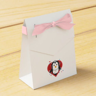 Penguin doctor with heart Zal28 Favour Box
