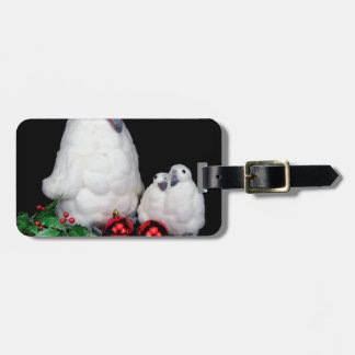 Penguin figurines as family with christmas balls luggage tag