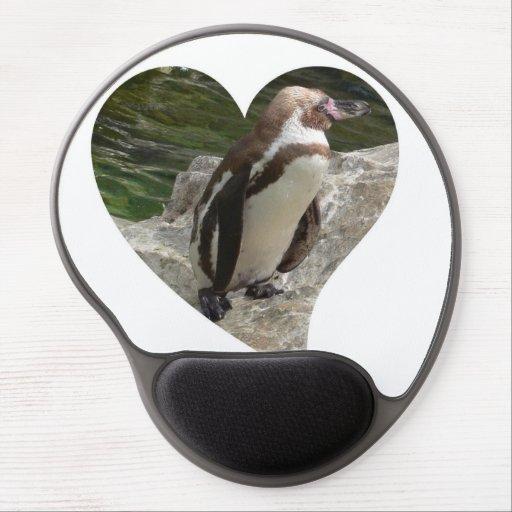 penguin in heart shape gel mouse mat