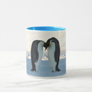 Penguin kissing mug