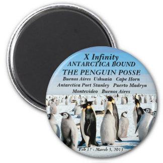 penguin posse fridge magnert 6 cm round magnet