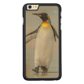 Penguin walking on the beach carved maple iPhone 6 plus case