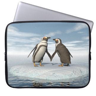 Penguins couple laptop sleeve