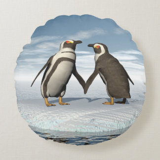 Penguins couple round cushion