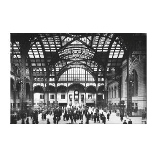 Penn Station New York City 1910 (Black and White) Canvas Print