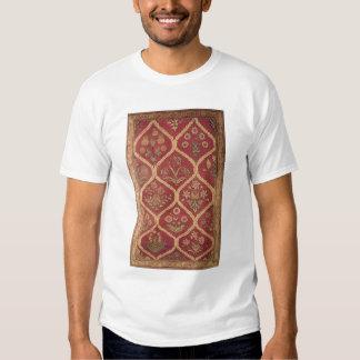 Persian or Turkish carpet, 16th/17th century (wool Tshirt
