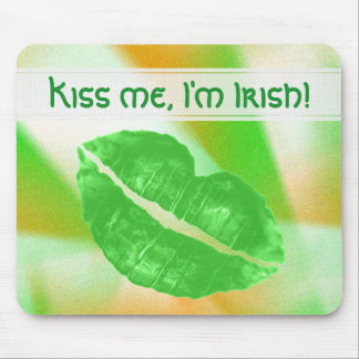 "Personalize ""Kiss me I'm Irish"" Abstract Pattern Mouse Pad"