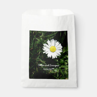 Personalized Daisy Wedding Favour Bag