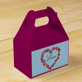 Personalized Floral Heart on Light Blue Wedding Favour Box