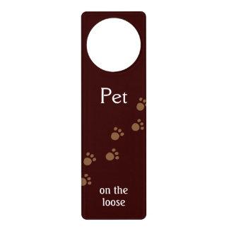 Pet on the loose door hanger