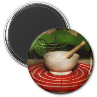 Pharmacy - Pestle - The herbalist Magnet