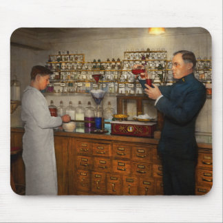 Pharmacy - The mixologist 1905 Mouse Pad