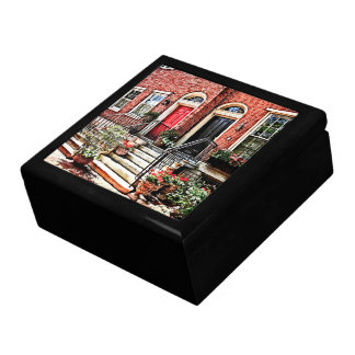Philadelphia PA - Townhouse With Red Geraniums Gift Box