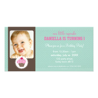 PHOTO BIRTHDAY PARTY INVITE :: cupcake 1L Customised Photo Card
