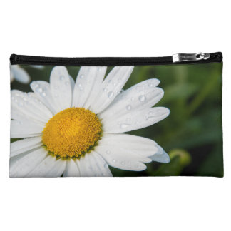 photo small pocket, a margueritte, make green cosmetic bag