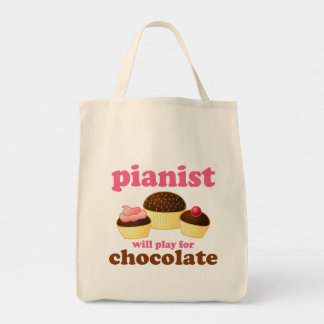 Pianist Will Play for Chocolate