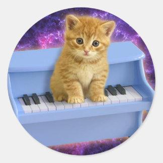 Piano cat classic round sticker