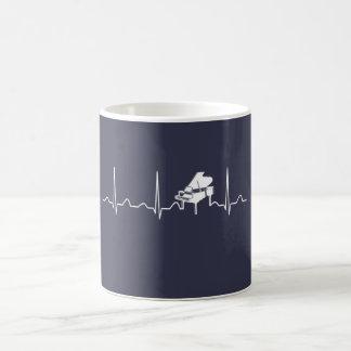 PIANO HEARTBEAT COFFEE MUG