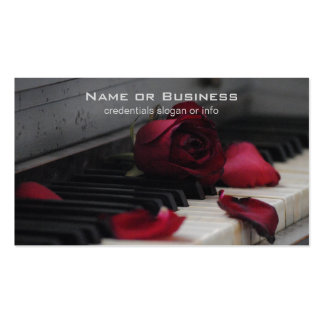 Piano Keys with a Red Rose Pack Of Standard Business Cards