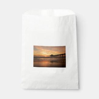 Pier beach sunset favour bag