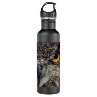 Piercing yellow eyes of an eagle owl 710 ml water bottle