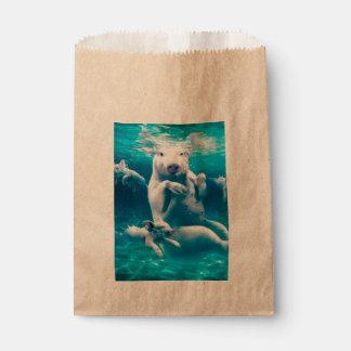Pig beach - swimming pigs - funny pig favour bag