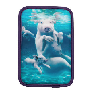 Pig beach - swimming pigs - funny pig iPad mini sleeve
