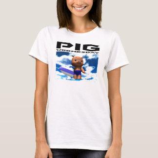 Pig Wednesday - The blue sky T-Shirt