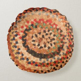 Pillow Round vintage braided rug design western