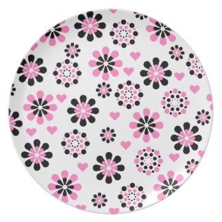 Pink and Black Flowers Party Plates