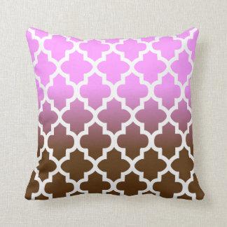 Pink and Brown Blend Quatrefoil Pattern Cushion