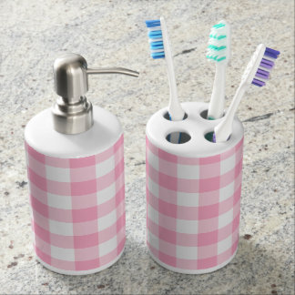 Pink and White Buffalo Check Bath Set