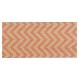 Pink and White Zigzag Stripes Chevron Pattern Wood USB Flash Drive